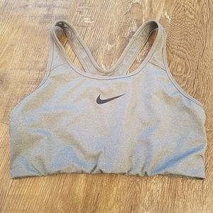 Nike sports bra in size XL